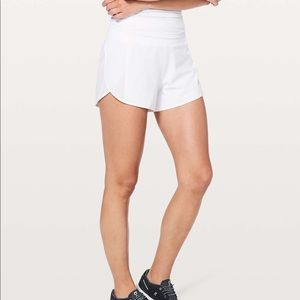 Lululemon real quick short perforated white 10